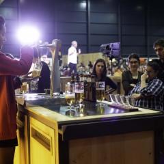 Un momento de los talleres de tiraje de cerveza.