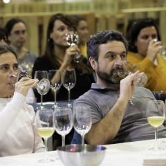 Cata de vinos a cargo de Jesús González, sumiller de Coalla.