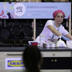 Taller de María Teresa Pérez (Isacel, Cangas de Narcea) en el 'Espacio IKEA'..