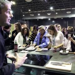 Degustación en el 'Espacio IKEA' tras el taller de Rubén Díaz.